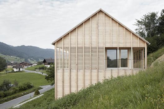 IMA_HOELLER_09_Adolf_Bereuter Höller House / Innauer-Matt Architekten Architecture