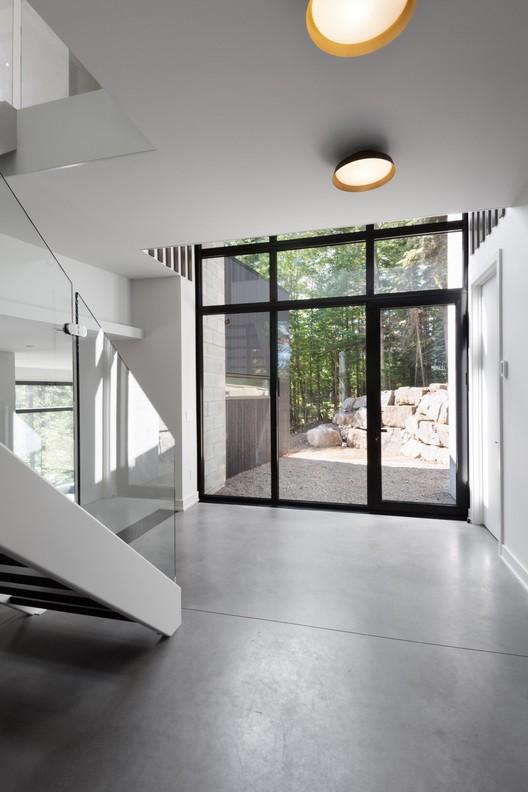 42043-main_1678-3_42043_sc_v2com De La Canardière Residence / BOOM TOWN Architecture