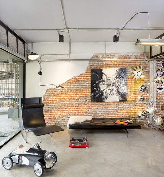 1Fl_living2 Residence 54 / SPC Technocons Architecture