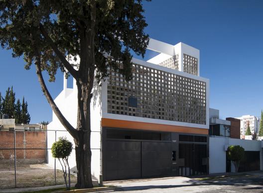 02-CasaTANO TANO House / Eduardo Ramírez Urrea Architecture