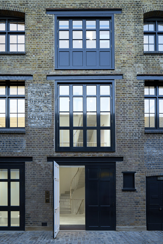 A Mews Collection / 6a architects. Image © Johan Dehlin