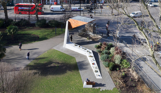 Bethnal Green Memorial / Arboreal Architecture. Image © Marcela Spadaro