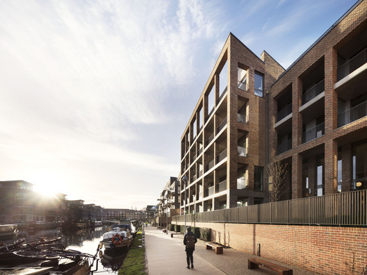 Brentford_Lock_West__2378_Rory_Gardiner_PRESSIMAGE_3 93-Building Shortlist Announced for 2018 RIBA London Awards Architecture