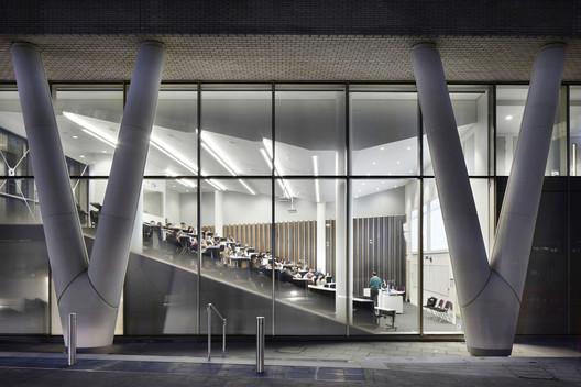 Graduate_Centre__Que_2161_Jack_Hobhouse_PRESSIMAGE_5 93-Building Shortlist Announced for 2018 RIBA London Awards Architecture