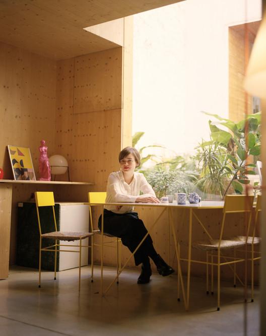 "anna_albayruela2-810x1024 Anna Puigjaner on Why We All Should Adopt Her ""Kitchenless"" House Ideology Architecture"