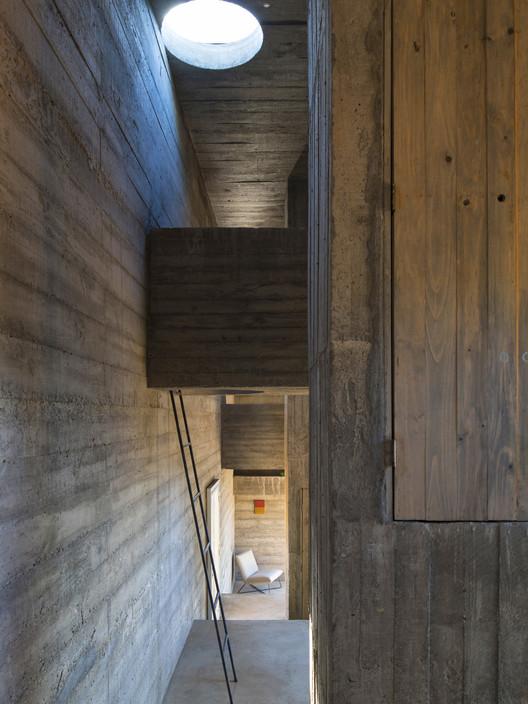 PVE_LOBA_INT_08_S Loba House / Pezo von Ellrichshausen Architecture