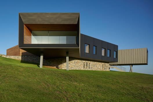 MNP3868-099-LR Dovecote / Atelier Andy Carson Architecture