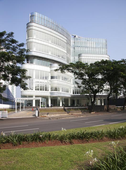 Automotiv_gallery_01 Andalan Automotive Gallery and Office / Studio SA_e + Sindhu Hadiprana Design Consultant Architecture