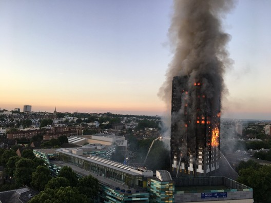 Grenfell_Tower_fire_(wider_view) Forensic Architecture to Create a 3D Simulation of the Grenfell Tower Fire with Crowdsourced Video Architecture
