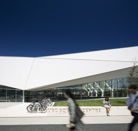 UBC02 UBC Aquatic Centre / MJMA + Acton Ostry Architects Architecture
