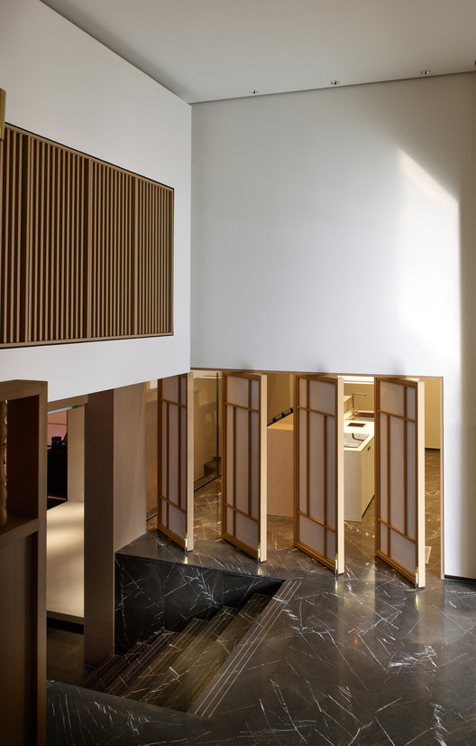 East Entrance Lobby. Image © Kuo-min Lee