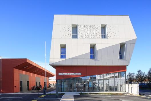 Centre_Technique_Blagnac_PaulKozlowski-(13) Technical Center of Blagnac / NBJ architectes Architecture