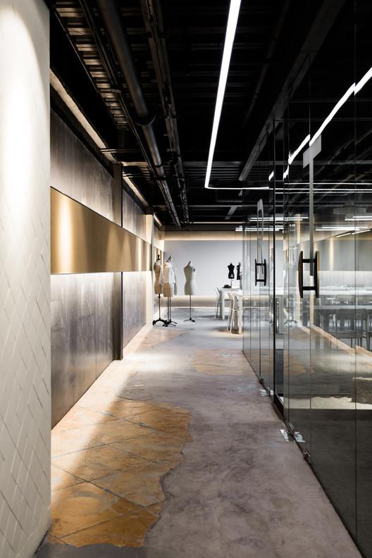 Hallway. Image © Susan Tan