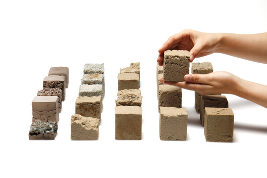 Objects made of Finite, a material developed by students from Imperial College London using desert sand. Image Courtesy of Finite