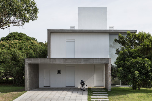 md2018_03_09-102558-1 BVLE House / Live Incorporadora Architecture