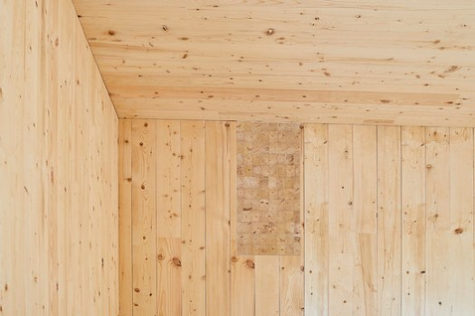 Cross-Laminated-Timber Cottage / Kariouk Associates. Image © Photolux Studio (Christian Lalonde)