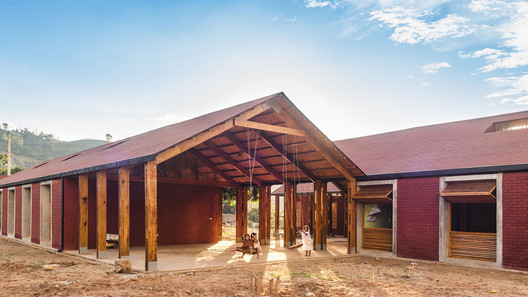 04_JM_HIpub New Jerusalen de Miñaro Primary School / Semillas Architecture