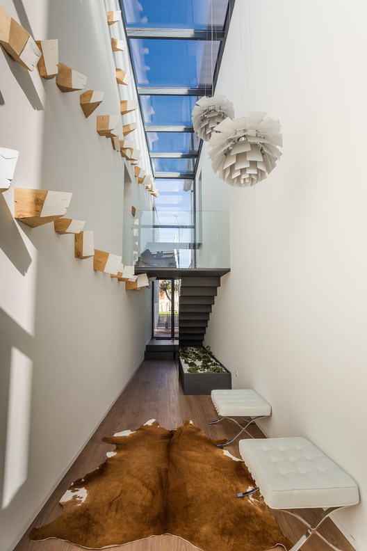 9 Ubiwhere's Headquarters / Ubiwhere Architecture