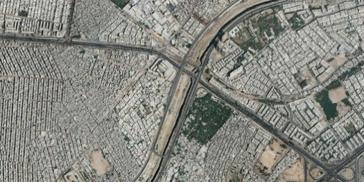 Regulated and Unregulated Development Patterns of Karachi. Image Courtesy of Google Earth
