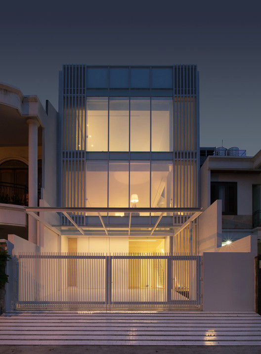 -_Featured_Image House 13 / INSADA Architecture
