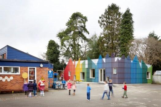 Prestwood Infant School Dining Hall / De Rosee Sa. Image Cortesia de De Rosee Sa