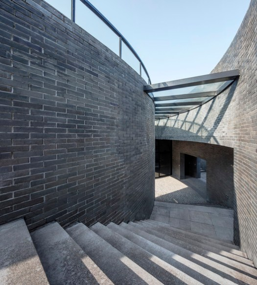 Spiral stairs. Image © Hengzhong LYU