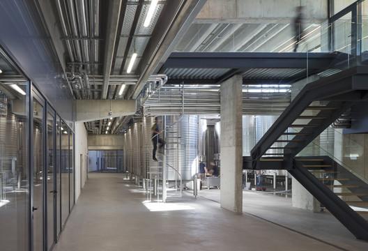BODEGA_BERONIA_011 Beronia Rueda Winery / IDOM Architecture