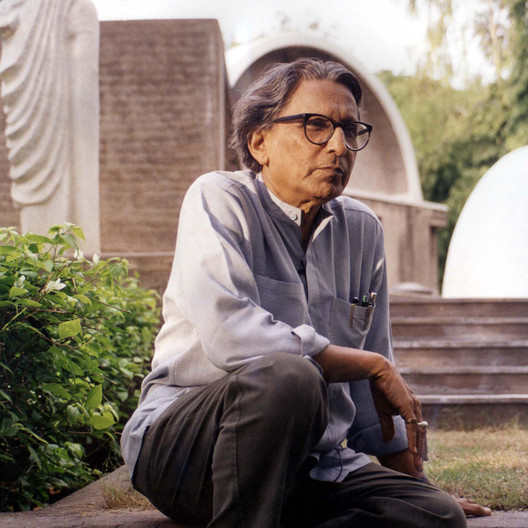 """Balkrishna_Doshi__courtesy_of_VSF The """"Four Pillars"""" of B.V. Doshi: Why All Architects Can Learn From the 2018 Pritzker Laureate Architecture"""