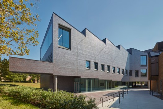 Alfred Taubman Wing of the Art and Architecture Building in Ann Arbor, Michigan, US / Preston Scott Cohen & Carl Dworkin. Image © James Haefner