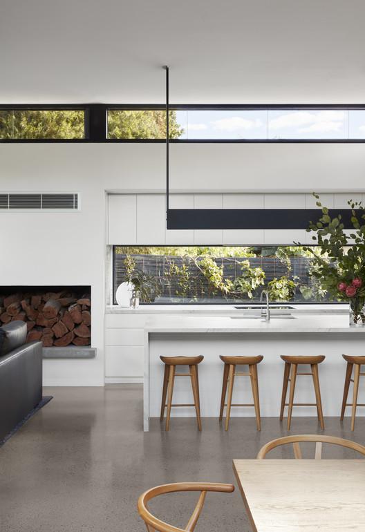 30322 Light Box / Damon Hills + Finnis Architects Architecture