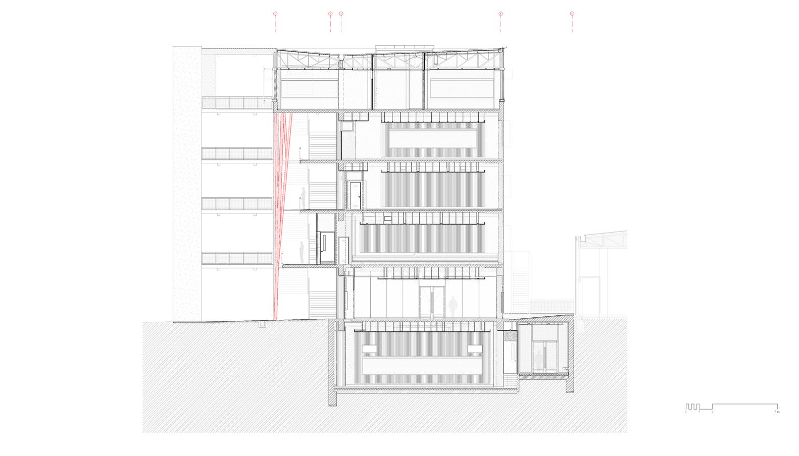 hight resolution of edificio de aulas corte aa