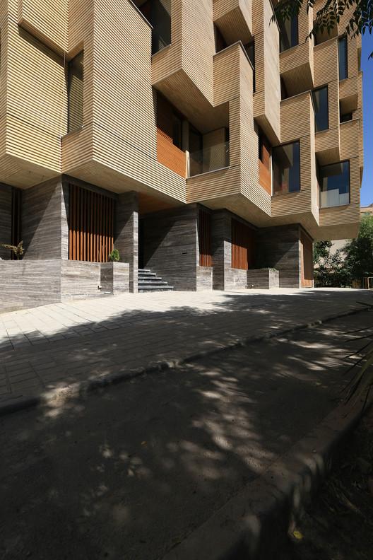 00_(5) Khab-e-Aram Residential Complex / USE Studio Architecture