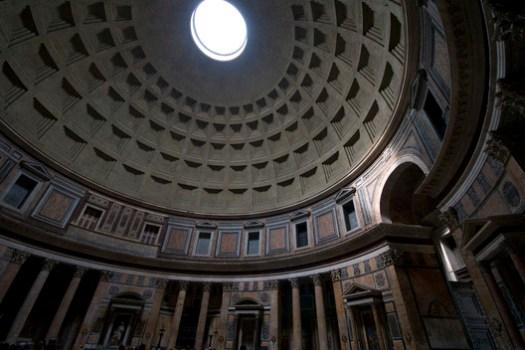 Panteão Romano. Image © Cortesia de Flickr user lysander07 (CC BY-NC-ND 2.0)