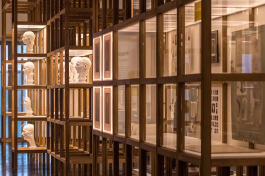 DHMD_Raum_1_5 Kéré Architecture Designs Sceneography for Exhibition on Racism Architecture