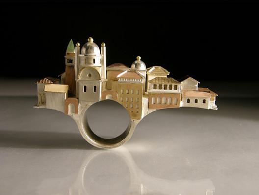 VAS5431a.Vicki_.AS_.Venice-ring Wearable Architecture: 11 Architecture-Inspired Jewelry Lines Architecture