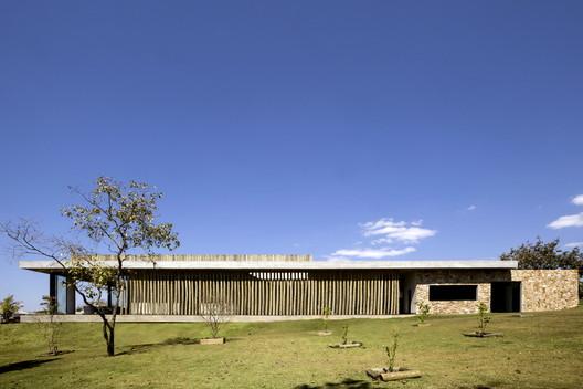 _MG_4204 Lake House / Ana Paula e Sanderson Arquitetura Architecture