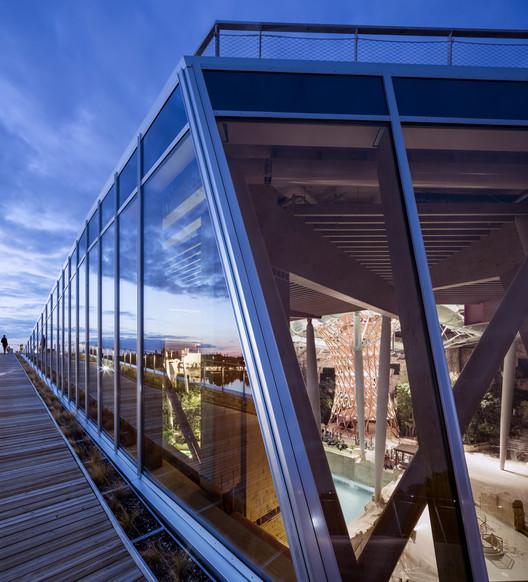 %C2%A9Jacques_Ferrier_Architecture___Photo_Luc_Boegly_12 Water Park Aqualagon / Jacques Ferrier Architecture Architecture