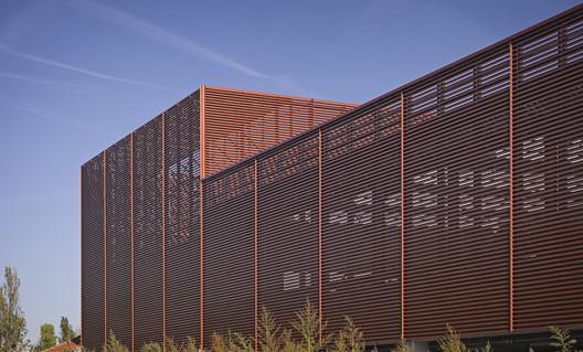 Global_Switch_Reid_Brewin_Architects_04 Global Switch Data Centre / Reid Brewin Architects Architecture