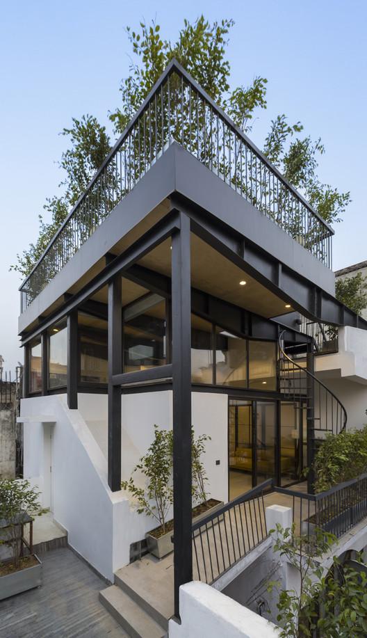 -_Featured_Image The Garden Roof Parasol / Harsh Vardhan Jain Architect Architecture