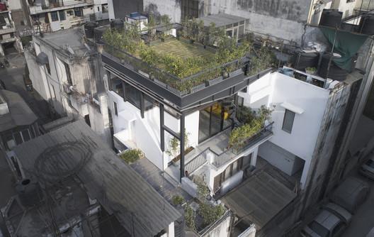 002 The Garden Roof Parasol / Harsh Vardhan Jain Architect Architecture