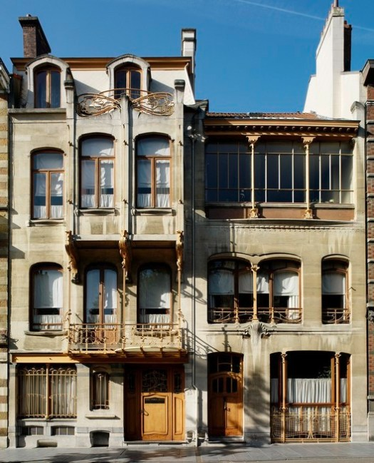 © <a href='https://commons.wikimedia.org/wiki/File:Fachada_Casa_Estudio_V%C3%ADctor_Horta.jpg#/media/File:Fachada_Casa_Estudio_V%C3%ADctor_Horta.jpg'>Creative Commons user estebanhistoria</a> licensed under <a href='https://creativecommons.org/licenses/by-sa/3.0/'>CC BY-SA 3.0</a>