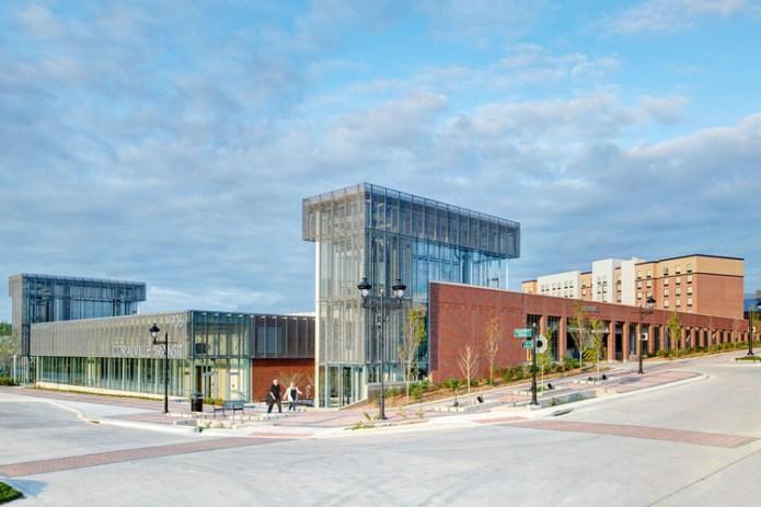 Coralville Intermodal Facility / Neumann Monson Architects, © Integrated Studio
