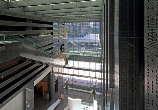 Atrium from west to east. Image © Guangyuan Zhang