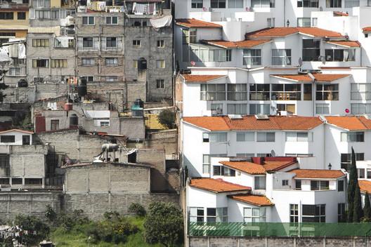 Mexico City, Mexico. Image © Johnny Miller / Unequal Scenes