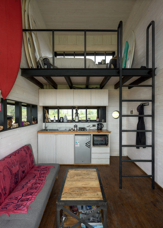 8 BL 2 House - Hammer Cabin / UMWELT Architecture