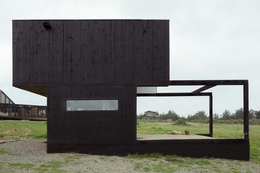 12 BL 2 House - Hammer Cabin / UMWELT Architecture