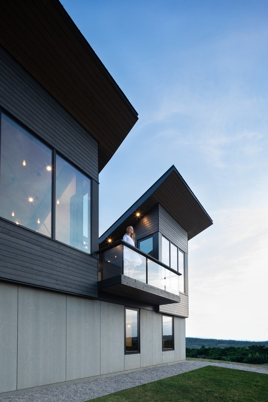 OGA_Kingsburg_1374 Treow Brycg House / Omar Gandhi Architect Architecture