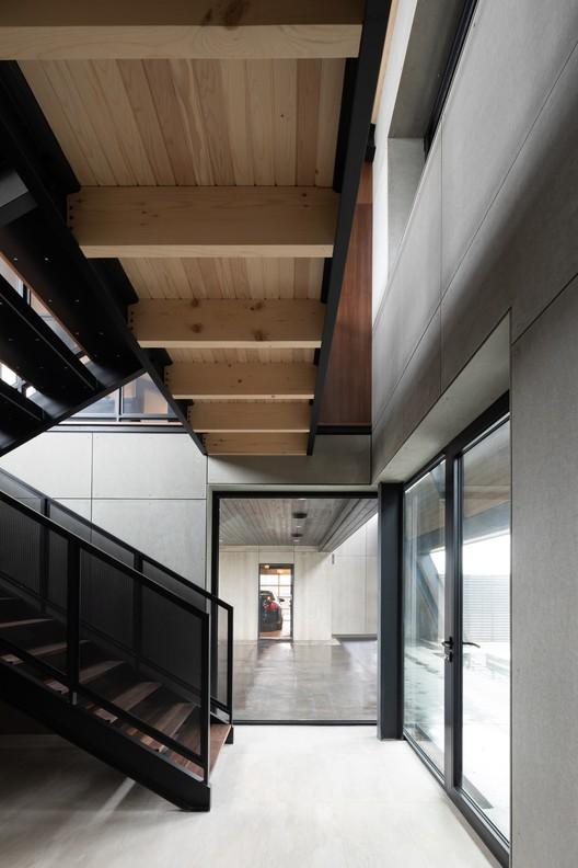 OGA_Kingsburg_1681 Treow Brycg House / Omar Gandhi Architect Architecture