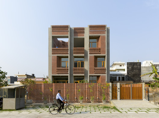 Singh Residence / Vir Mueller Architects - Free CAD Download