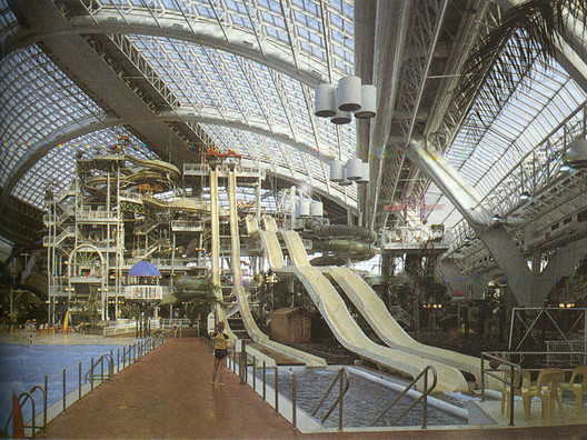 "Courtesy of Architect's Journal, via Metropolis Magazine. ImageThe ""closed world"" of shopping in Canada's West Edmonton Mall"